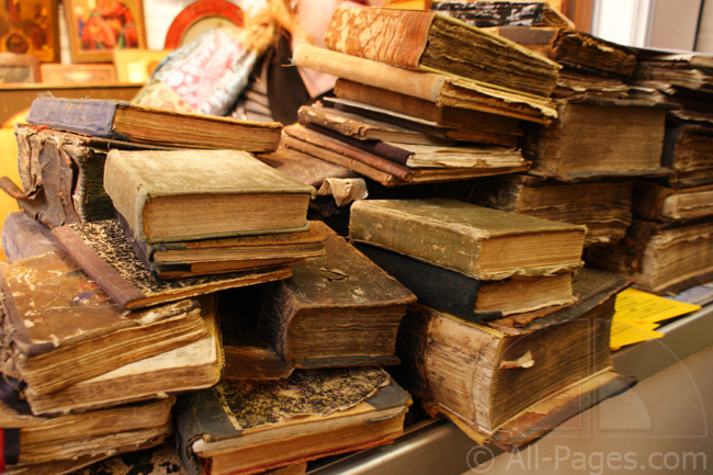 изображение старинных книг фото